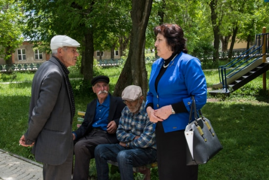 Mayor Jemma Harutyunyan with the citizens