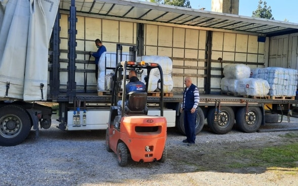 A truck with multipurpose tents, blankets and tarpaulins arrived in Serbia