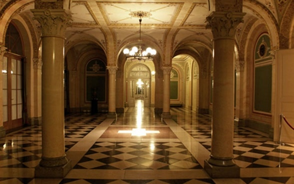 Vestibule at the Federal Palace West Wing.