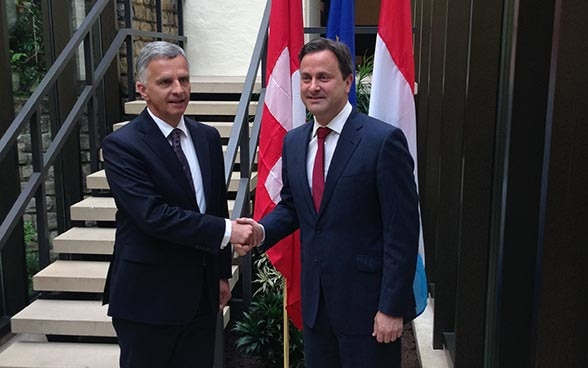 Didier Burkhalter and the Prime Minister of Luxembourg, Xavier Bettel. © FDFA