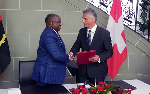 Didier Burkhalter and the minister of foreign affairs of Angola, Georges Rebelo Pinto Chikoti. © FDFA
