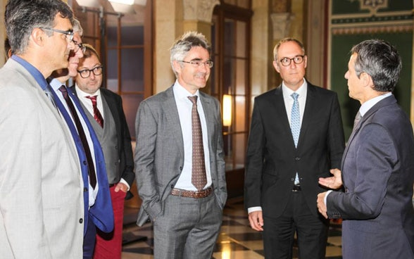 Federal Councillor Ignazio Cassis meets Graubünden cantonal government as part of dialogue with Italian-speaking Switzerland.