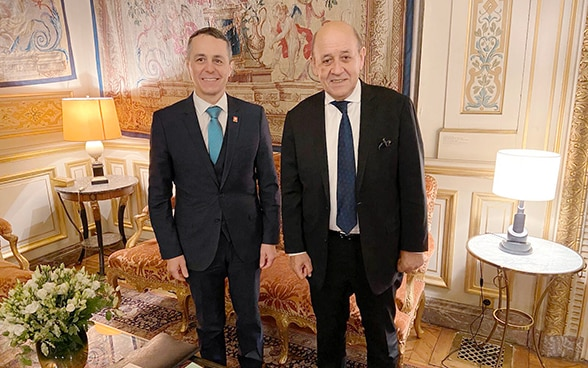 Federal Councillor Ignazio Cassis with his French counterpart, Foreign Minister Jean-Yves Le Drian.
