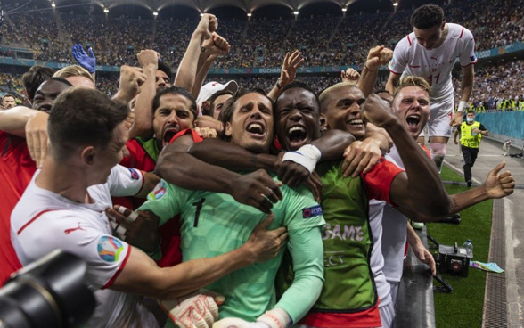 Cross-country skiers in the mountains