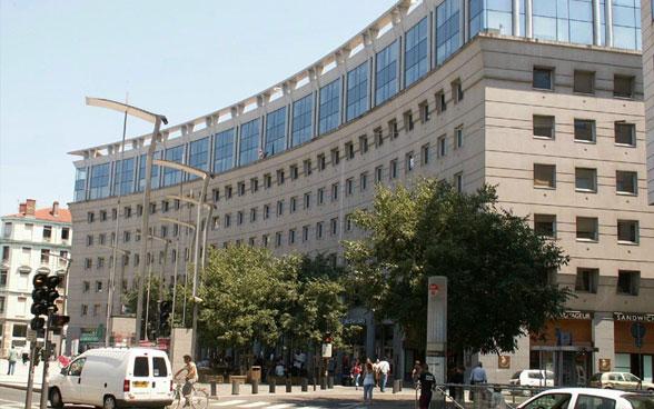 consulat algerie lyon carte d identité Consulat Général de Suisse à Lyon