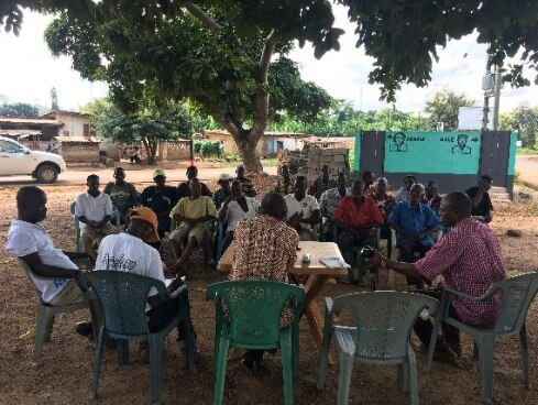 Meeting with pineapple farmers in Ekumfi Abor to discuss GIs
