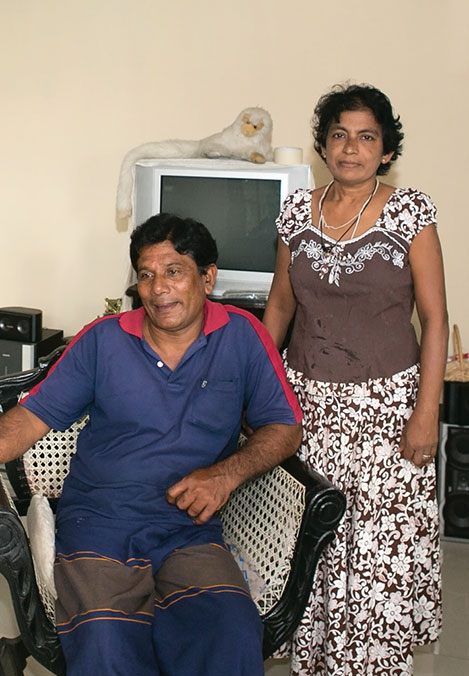 After the tsunami, Bandula Karunaratne and his wife used the money allocated by the SDC to rebuild their damaged house on four concrete pillars, which makes them feel safer. But life for the Karunaratnes is still a daily struggle because Bandula is finding it difficult to find employment. © R.H. Samarakone/SDC