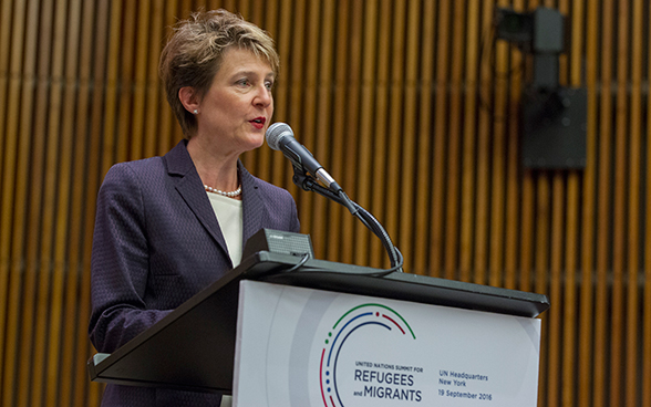 Federal Councillor Simonetta Sommaruga speaks at the plenary meeting of the UN Summit for Refugees and Migrants.
