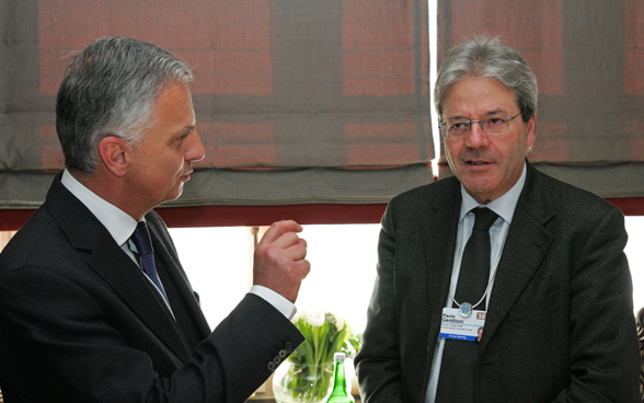 Federal Councillor Didier Burkhalter and the Italian Minister of Foreign Affairs, Paolo Gentiloni. © FDFA