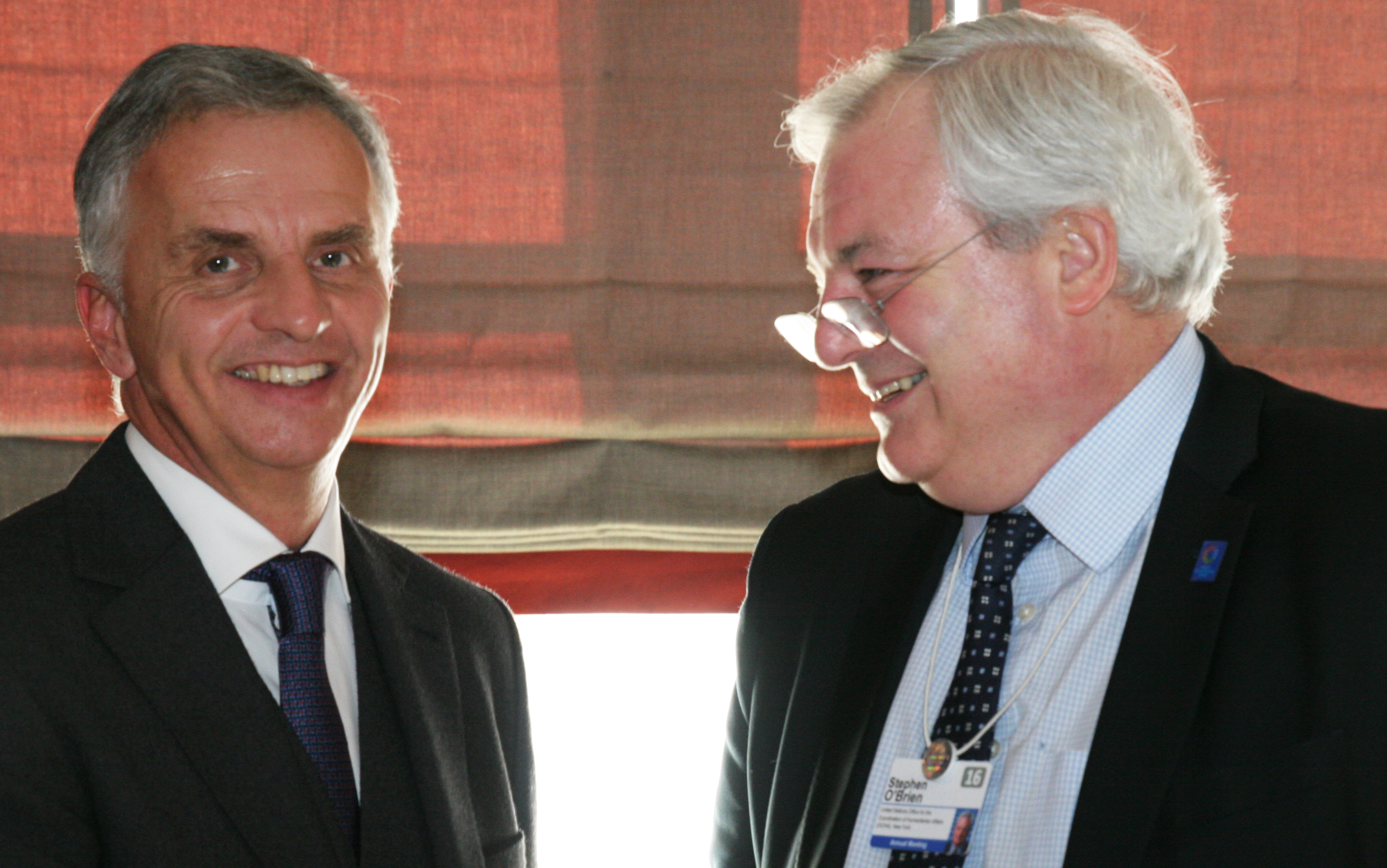 Federal Councillor Didier Burkhalter with Stephen O'Brien, United Nations' Undersecretary General for Humanitarian Affairs and Emergency Relief Coordinator. © FDFA