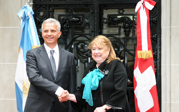 Federal Councillor Didier Burkhalter meets Argentine Foreign Minister Susana Malcorra for bilateral talks. © FDFA