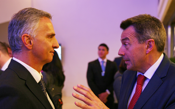 Federal Councillor Didier Burkhalter with the president of the International Committee of the Red Cross, Peter Maurer. © FDFA