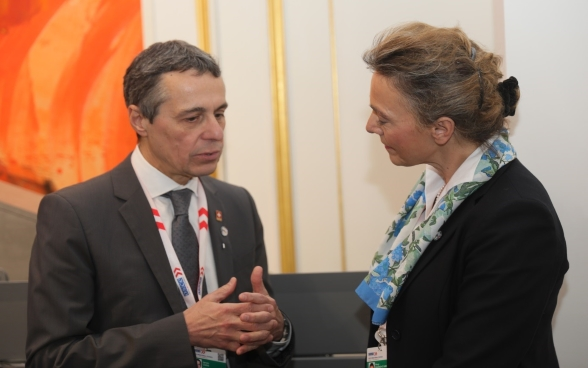 Federal Councilor Ignazio Cassis talks with Marija Pejčinović Burić, Croatian Foreign Minister.